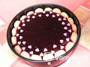 Špongiovitá torta so želé
