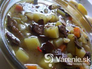 Hubová polievka so zemiakmi