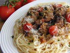 Špagety s masovými guličkami