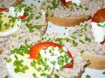 Obložené chlebíčky so sardinkovou nátierkou