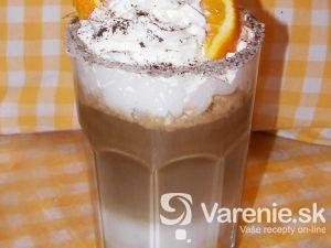 Káva s chuťou pomaranča