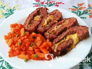 Plnená roláda z mletého mäsa