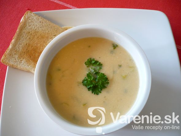 Zemiaková polievka po francúzsky