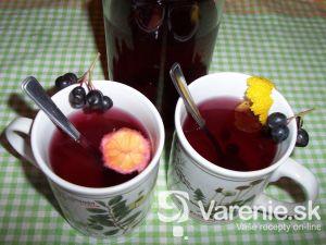 Čaj z čiernej jarabiny