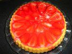 Ovocný koláč so želatínou a smotanou