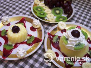 Zdobený ovocný puding