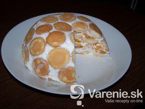 Smotanová torta s ovocím
