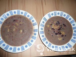 Jednoduchá fazuľová polievka