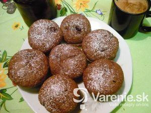 Čokoládové muffiny s višňami