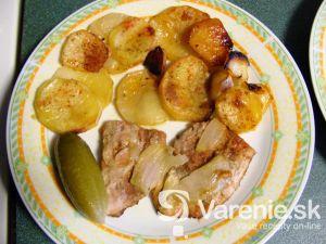 Bravčové mäso zapečené so zemiakmi á la Živánska