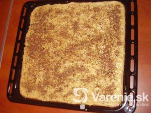Orechová torta na plech