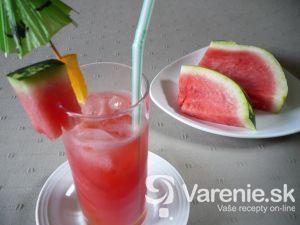 Melónový osviežujúci nápoj
