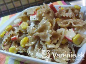Mašličkový surimi šalát s kukuricou