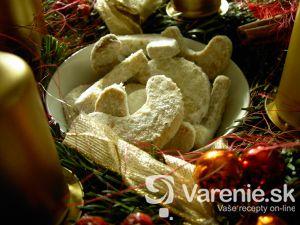 Orechové rožteky s vôňou vanilky
