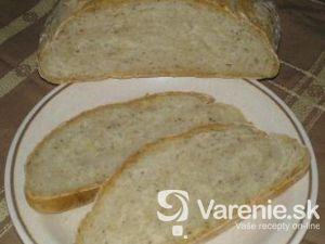 Chlieb pečený v rúre