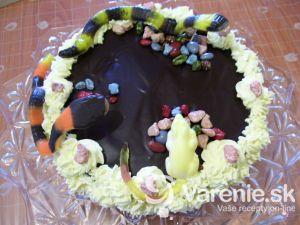 Mandľová torta s banánovým krémom