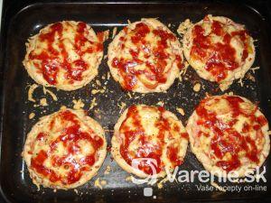 Mini pizza so syrom