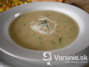 Jarná polievka s kalerábom