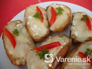 Pečené zemiaky plnené syrom