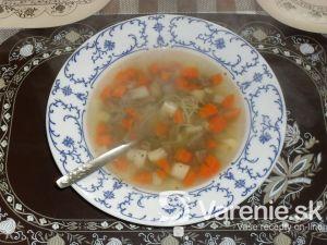 Hovädzia polievka s rezancami