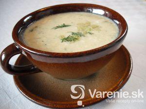 Zelerová polievka s kôprom