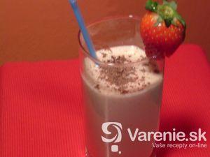 Jogurtový koktail s ovocím