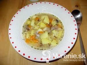 Zemiaková polievka plná húb