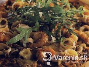 Pizza s morskými plodmi a roketou