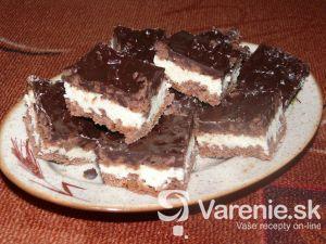 Jednoduchý recept na vynikajúce koláč s tvarohom.